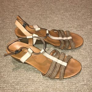 Paul Green wedge sandals worn once! Size 7